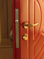 53c62b4783 Ako zabezpečiť byt proti zlodejom