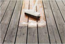 ako odstraniť fľaky z drevenej podlahy