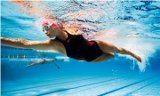 plávanie a celulitída