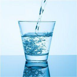 pohar-vody