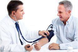preventívna kontrola u lekára a meranie tlaku