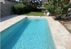 odstránenie vodného kameňa z bazéna