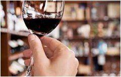 pohár na servirovanie alkoholu