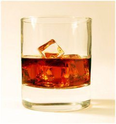 pohár na whiskey