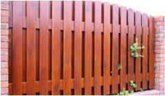 stavanie plotu
