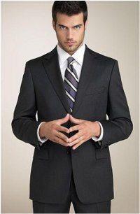 pekne uviazana kravata