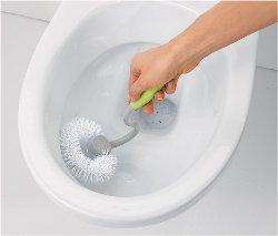 čo robiť s upchatým záchodom