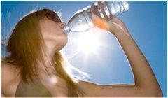 dehydratácia a správny pitný režim počas leta