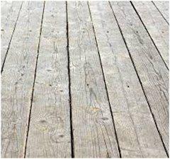 stará dosková podlaha