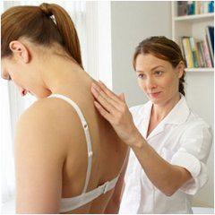 ako sa účinne zbaviť bolesti chrbta a fyzioterapeút