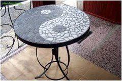 ako si urobiť mozaikový stôl