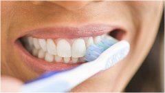 správna hygiena zubov proti zubným kazom