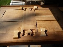 opraviť poškodené dosky stolov v domácnosti