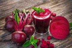 ako správne pripraviť zdravé smoothie z červenej repy
