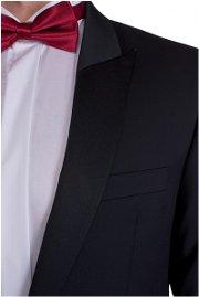 vhodné a správne oblečenie na ples pre muža