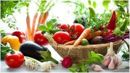 veľa ovocia a zeleniny a vitamínov na jar