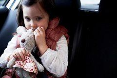 cestovať s dieťaťom v aute