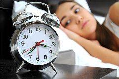 nočné dlhotrvajúce problémy so spánkom