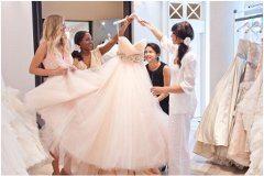 svadobný salón a rôzne druhy šiat
