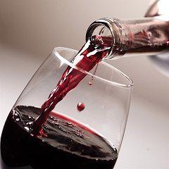 naliať si s dobrým vínom