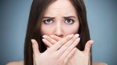 nepríjemný zápach z úst