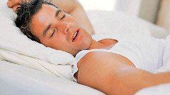 ako liečiť rozprávanie zo spánku