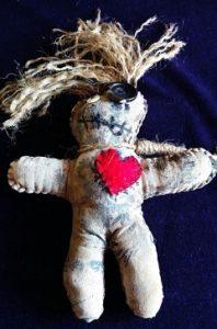 Voodoo bábiku