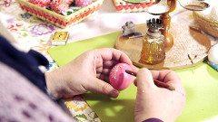 návod na vajíčko voskovým reliéfom