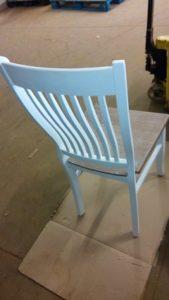 opraviť nohy stoličiek a stolov