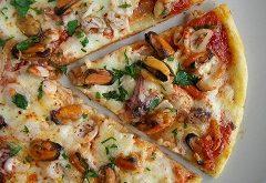 pikantnú pizzu