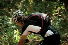ako vyberať cyklistický ruksak