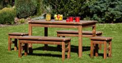 záhradný drevený nábytok