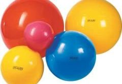 Ako cvičiť brucho na lopte?