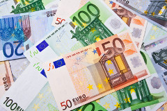 papierové peniaze - eurá