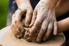návod ako zvládnuť s deťmi základy práce s keramickou hlinou