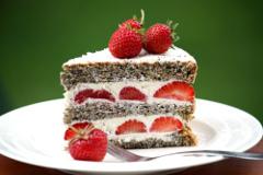 Mascarpone torta s jahodami