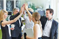 ako správne motivovať zamestnancov