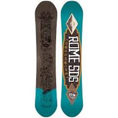 drevené jadro snowboardu