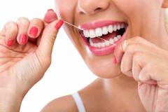medzizubná niť pre čisté zuby