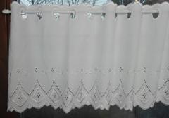 čisto biele záclony
