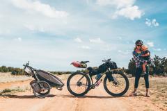 rodinný výlet s vozíkom