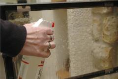 špeciálny čistič na krbové sklo