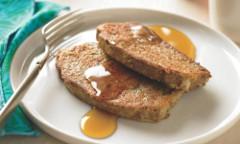 francúzsky toast s javorovým sirupom