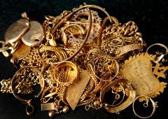 poškodené zlaté predmety