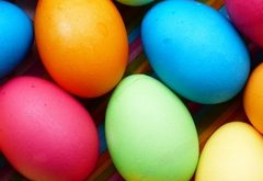 Ako bezchybne nafarbiť veľkonočné vajíčka