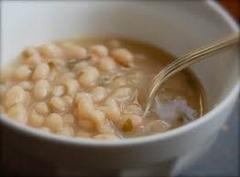 Biela fazuľová polievka