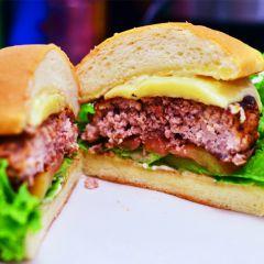 príprava hamburgerov