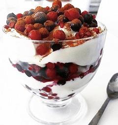 tvarohovo-ovocný pohár