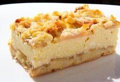 Drobenkový jablkový koláč s tvarohom
