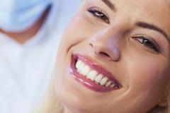 ako vyrobiť domáci bieliaci prášok na zuby